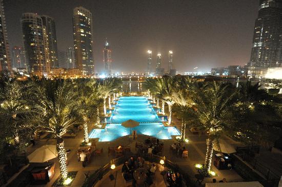 Palace Downtown: terrasse du lounge
