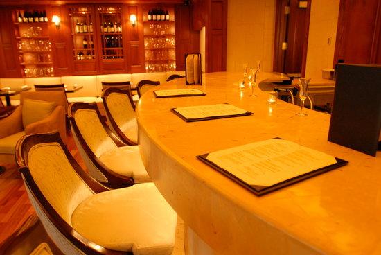 5120 Restaurant & Onyx Bar