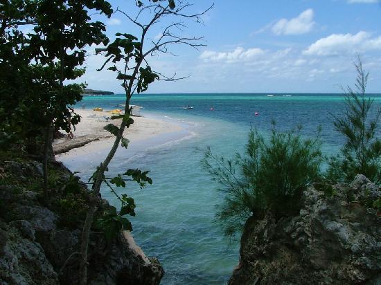 Hotel Club Amigo Atlantico Guardalavaca: Vue sur la plage