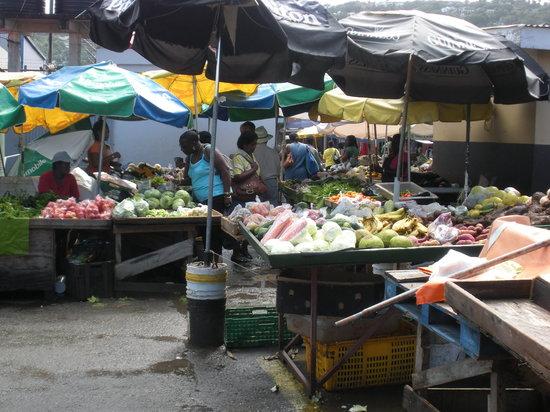 Castries Market Outside