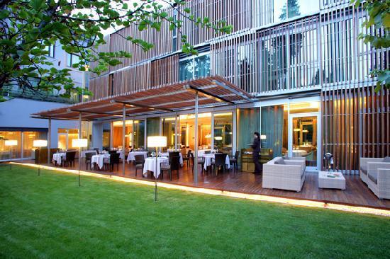 Terraza - ABaC Restaurant