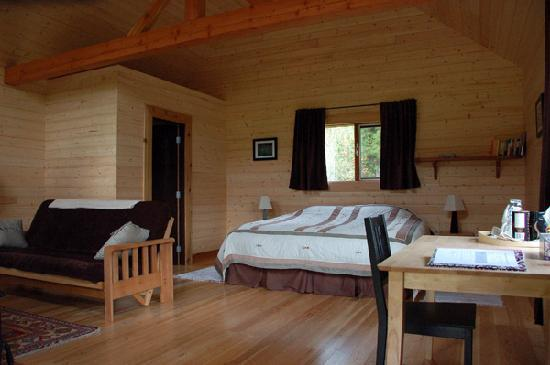 Grizzly Bear Ranch: Inside one of our cabins.