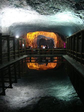 Zipaquiras saltkatedral: Water mirror