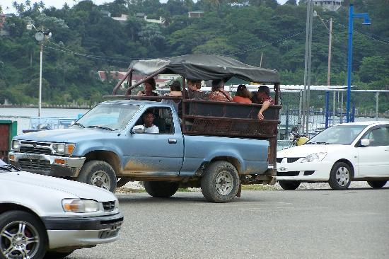 Santa Barbara de Samana, Dominican Republic: THE TOUR BUS