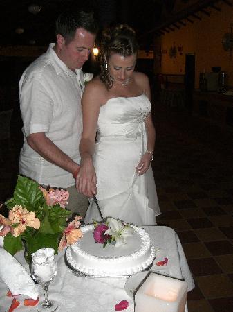 Hotel Riu Tequila: Cutting the cake