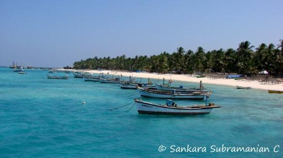 how to go to lakshadweep from kochi