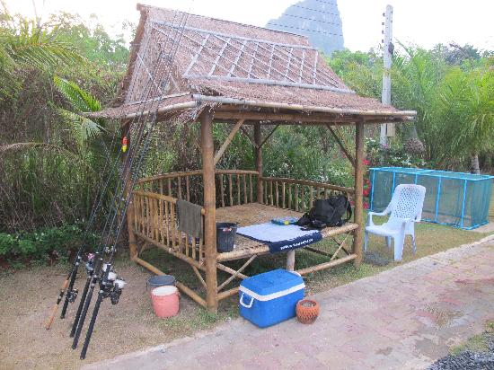 Gillhams Fishing Resorts: Fishing shelter at Gillams, A welcome retreat from the sun