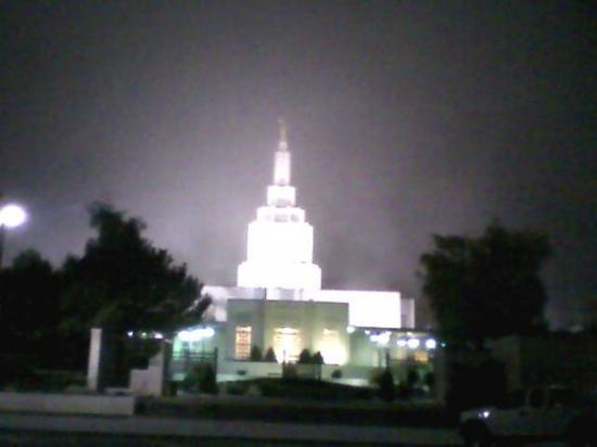 Idaho Falls, ID: Temple on Tuesday 4:00 am in the fog.