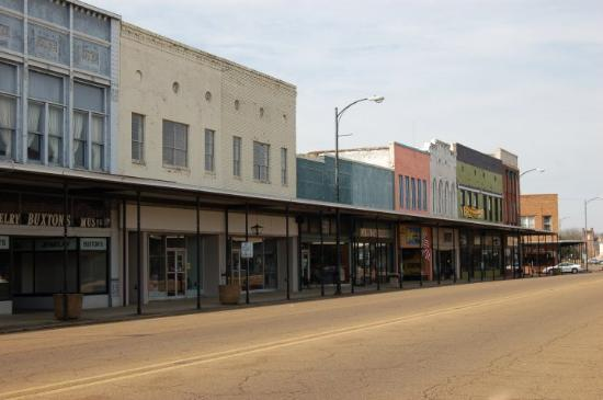 Just passing through Amory, Miss  - Picture of Amory