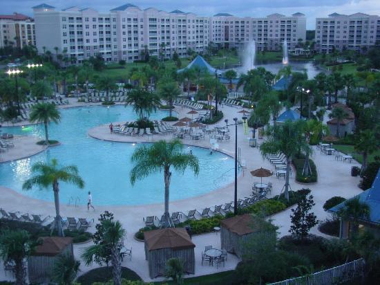 The Pool - Picture of Bluegreen Fountains Resort, Orlando ...