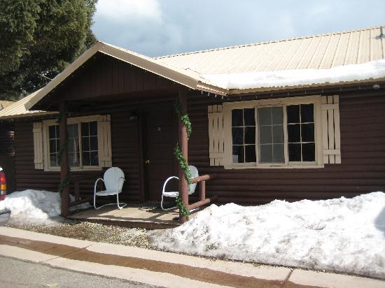 Three Bears Lodge: Our Cabin!