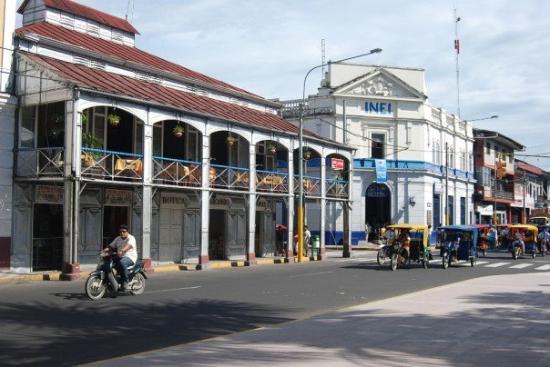 Motorcycles and rickshaws, Iquitos, Amazonian Peru