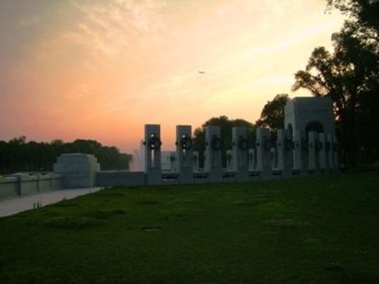 Kjøpesenteret: WWII Monument D.C.