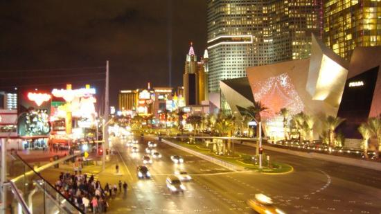 Adventure Photo Tours: Night View Of The Strip