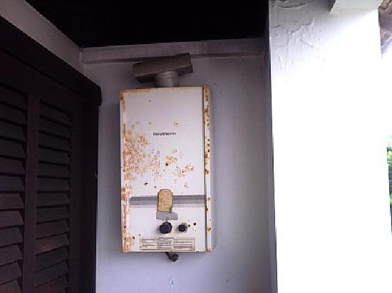 Hotel Maratea Mare: El agua caliente no funcionaba