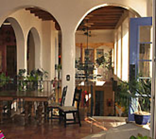 Hacienda Dona Andrea de Santa Fe: New Mexico Bed and Breakfast, Morning Sun!
