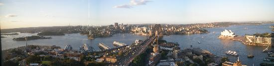 Shangri-La Hotel Sydney: view from the bar 2