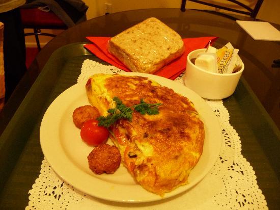 Tuscana Motor Lodge in house breakfast