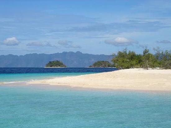 Banana Island Resort Philippines