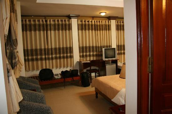 Thien An Hotel : bedroom 401