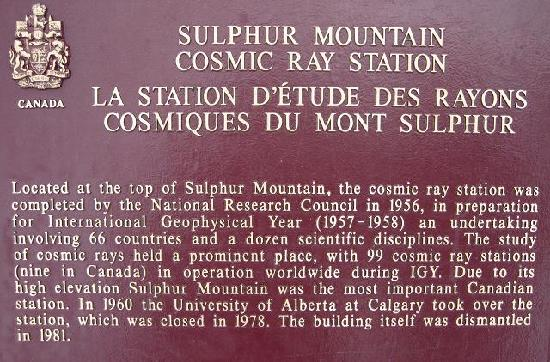 Banff Gondola: Information at the top ff Sanson Peak