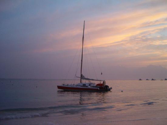 Meliá Caribe Tropical: Sunrise on the beach