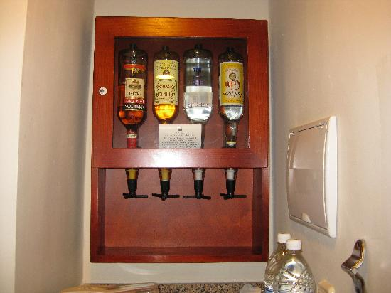 Hotel Liquor Dispenser In Rooms