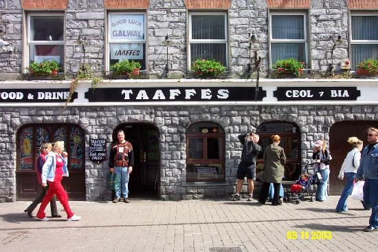 Taaffes Pub in Galway