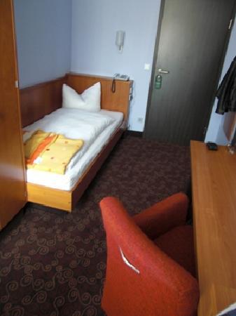 Hotel Fackelmann: Einzelzimmer - bequem und funktional