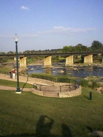 Falls Park: Pre-falls