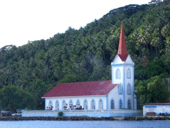 Tahaa, Fransk Polynesien: Colonial era church on Taha'a
