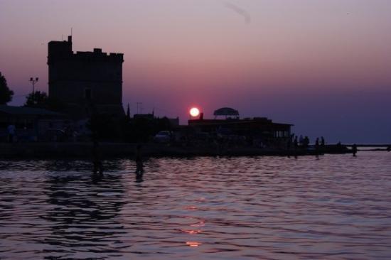 Nardo, Włochy: Torre Sant'Isidoro al tramonto