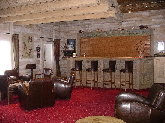 Hotel l'Ecrin du Val Claret : bar