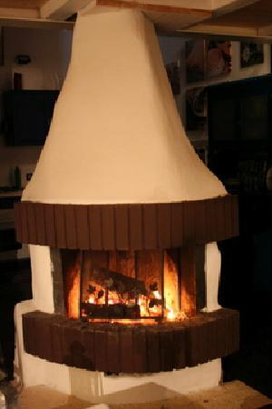 Bed & Breakfast - Scacciapensieri: the fireplace