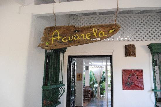 Posada Acuarela: entrada de la posada