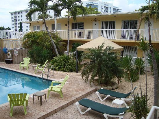 Cocobelle Resort: overview