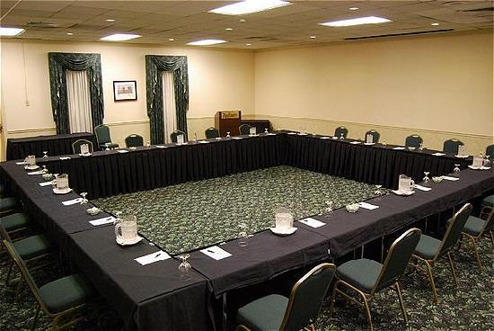 Radisson Hotel Harrisburg: Perfect For Meetings Of Any Size!