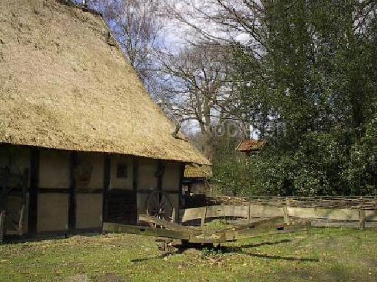 Mühlenhof-Freilichtmuseum: old farmhouse