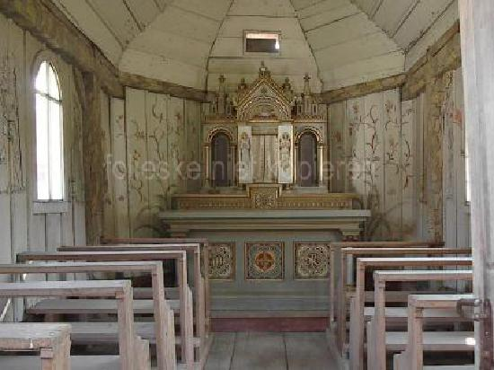 Museumsdorf Bayerischer Wald: chapel interior (not of the prevous pix one)
