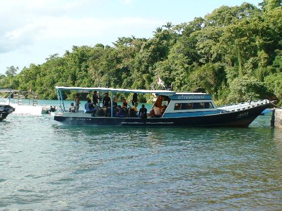 NAD-Lembeh Resort: the dive boat