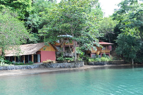 NAD-Lembeh Resort : NAD view from the sea, some of the rroms & one of the two bungalows