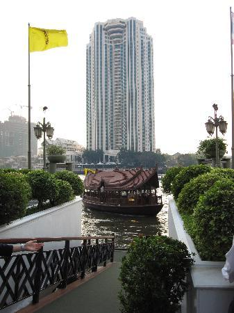 Mandarin Oriental, Bangkok: River boat