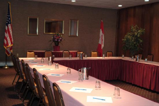 Caribou Inn & Convention Center: Meeting Rooms