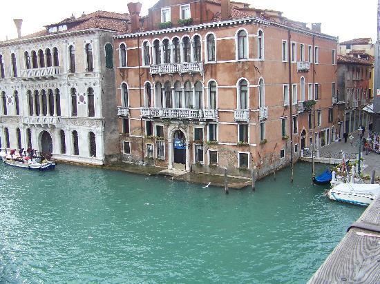 Hotel Galleria: Taken from the Accademia Bridge