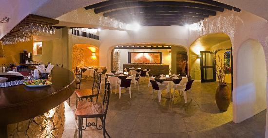 Marina Grill: Restaurant inside