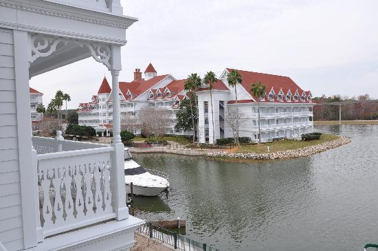Disney's Grand Floridian Resort & Spa: View from my room at the Grand Floridian (Building 7)