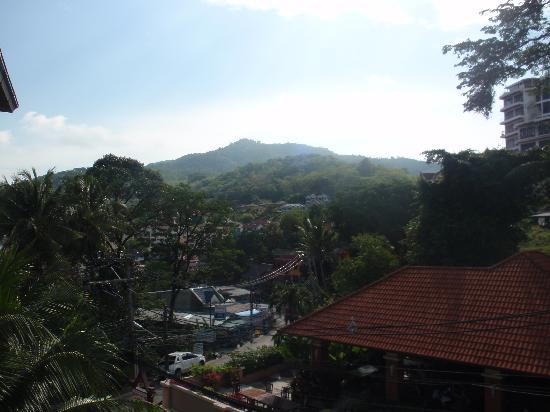 Sun Hill Hotel: Day View from Hotel