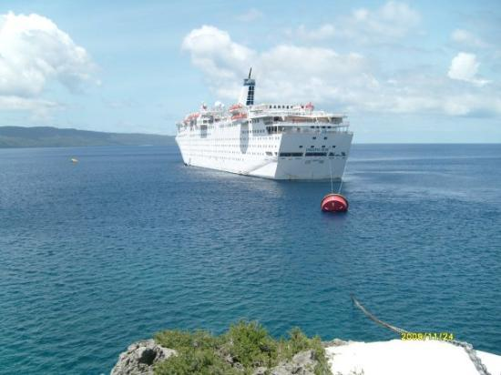 Île Christmas, Australie : Sun Princess at Christmas Island