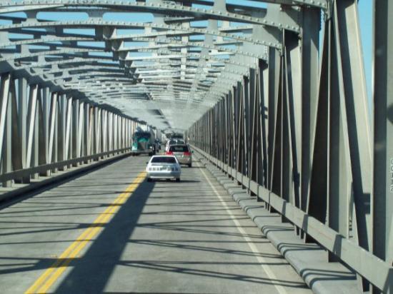 Rio Vista, CA: Bridge over the American River...