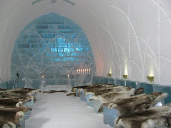 Kiruna, Sverige: ice church, will be a wedding later